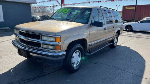 1999 Chevrolet Suburban for sale at ROUTE 6 AUTOMAX - THE AUTO EXCHANGE in Harvey IL