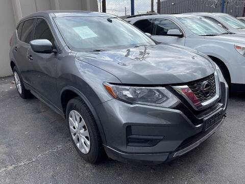 2018 Nissan Rogue for sale at New Wave Auto Brokers & Sales in Denver CO