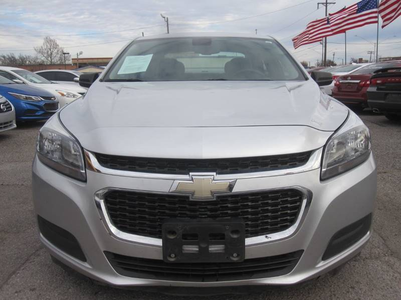 2015 Chevrolet Malibu for sale at T & D Motor Company in Bethany OK
