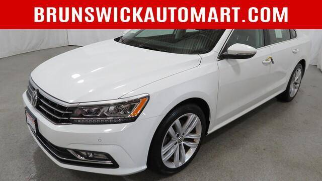 2018 Volkswagen Passat for sale at Brunswick Auto Mart in Brunswick OH