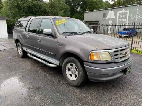 2002 Ford F-150 for sale at LIQUIDATORS in Houston TX