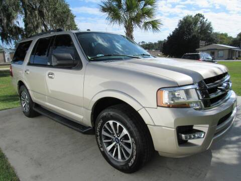 2017 Ford Expedition for sale at D & R Auto Brokers in Ridgeland SC