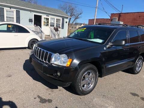 2005 Jeep Grand Cherokee for sale at LINDER'S AUTO SALES in Gastonia NC
