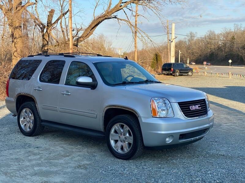 2010 GMC Yukon for sale at Charlie's Used Cars in Thomasville NC