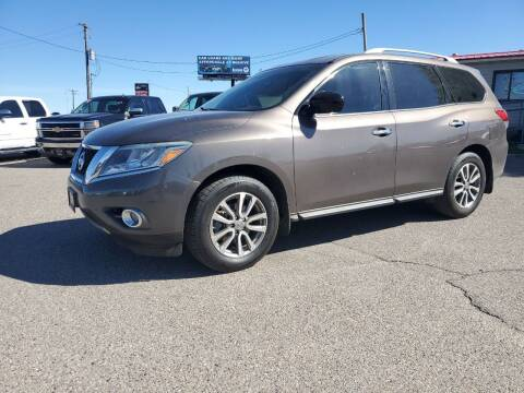 2015 Nissan Pathfinder for sale at Revolution Auto Group in Idaho Falls ID