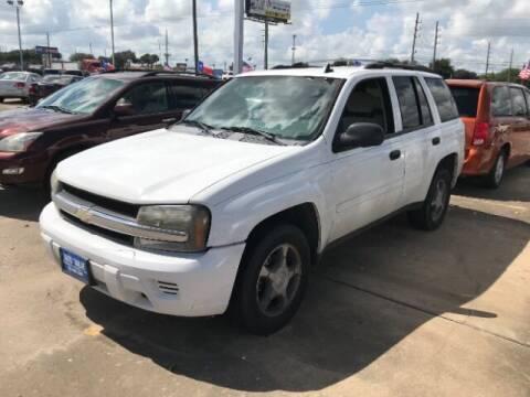 2007 Chevrolet TrailBlazer for sale at AUTO VALUE FINANCE INC in Stafford TX