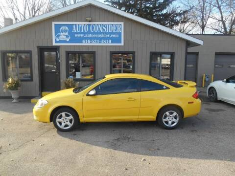 2009 Pontiac G5 for sale at Auto Consider Inc. in Grand Rapids MI