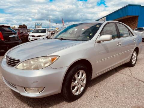 2005 Toyota Camry for sale at Daniel Auto Sales inc in Clinton Township MI