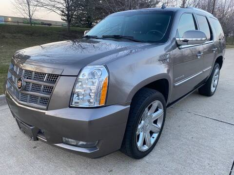 2013 Cadillac Escalade for sale at Western Star Auto Sales in Chicago IL