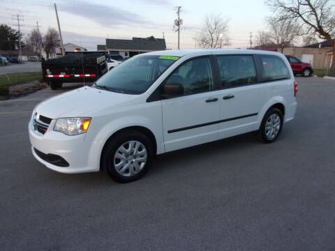 2015 Dodge Grand Caravan for sale at Ideal Auto Sales, Inc. in Waukesha WI