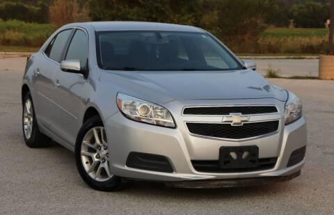 2013 Chevrolet Malibu for sale at Big O Auto LLC in Omaha NE
