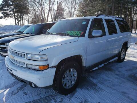 2005 Chevrolet Suburban for sale at Northwoods Auto & Truck Sales in Machesney Park IL