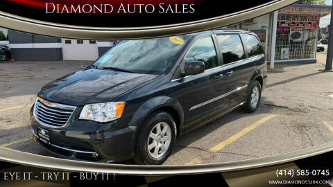 2013 Chrysler Town and Country for sale at Diamond Auto Sales in Milwaukee WI