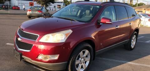 2010 Chevrolet Traverse for sale at Diana Rico LLC in Dalton GA
