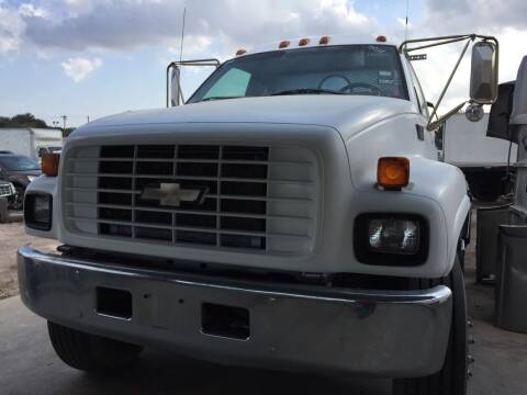 2000 Chevrolet C7500 for sale at BSA Used Cars in Pasadena TX