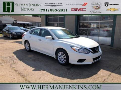 2017 Nissan Altima for sale at Herman Jenkins Used Cars in Union City TN