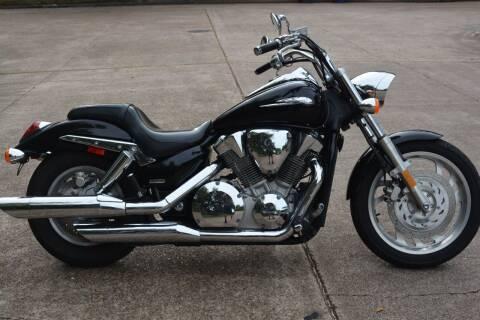 2005 Honda VTX for sale at HOUSTON MOTORS in Stafford TX