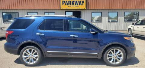 2012 Ford Explorer for sale at Parkway Motors in Springfield IL