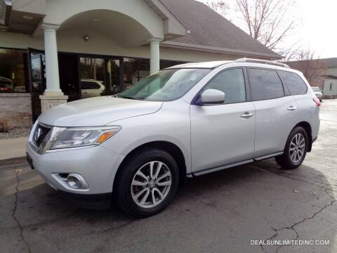 2014 Nissan Pathfinder for sale at DEALS UNLIMITED INC in Portage MI
