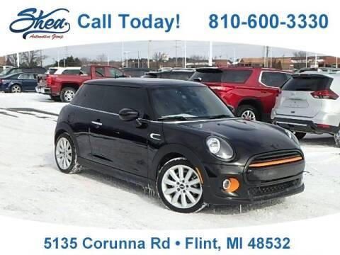 2021 MINI Hardtop 2 Door for sale at Jamie Sells Cars 810 - Linden Location in Flint MI