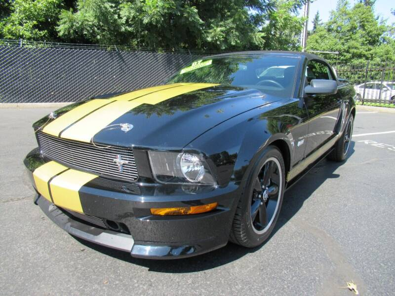 2007 Ford Mustang for sale at LULAY'S CAR CONNECTION in Salem OR