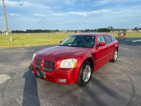 2006 Dodge Magnum for sale at Select Auto Sales in Havelock NC