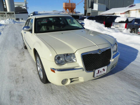 2009 Chrysler 300 for sale at J & S Auto Sales in Thompson ND