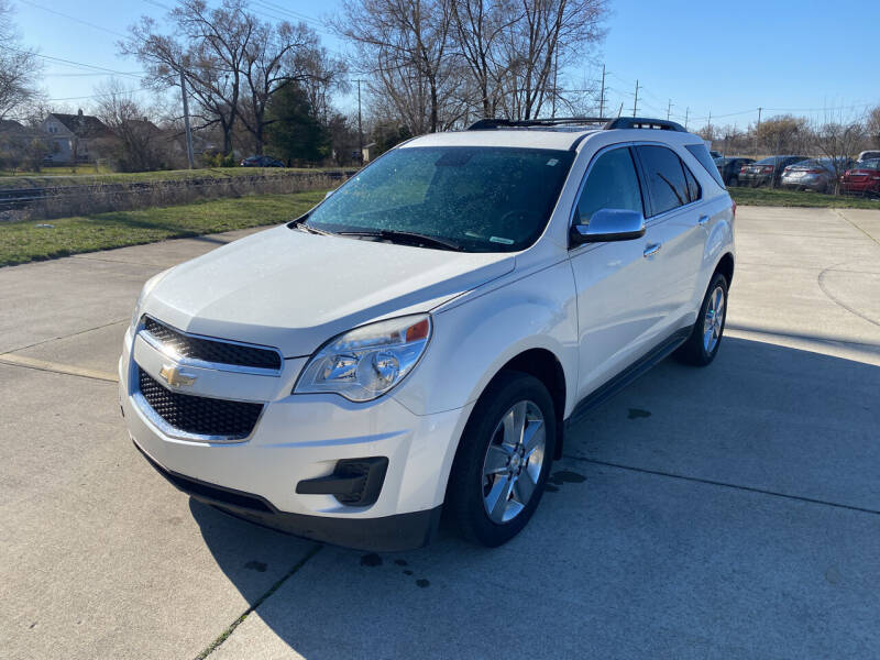 2014 Chevrolet Equinox for sale at Mr. Auto in Hamilton OH
