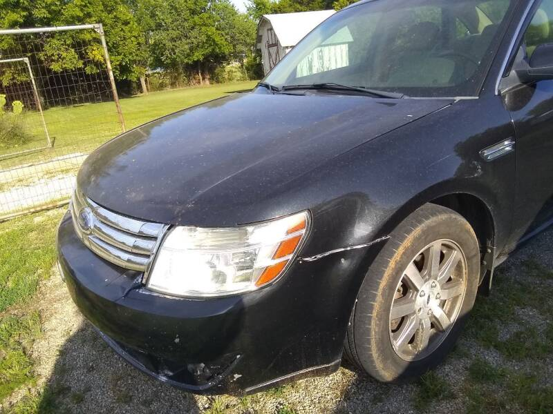2009 Ford Taurus for sale at C & R Auto Sales in Bowlegs OK