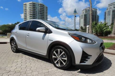 2018 Toyota Prius c for sale at Choice Auto in Fort Lauderdale FL