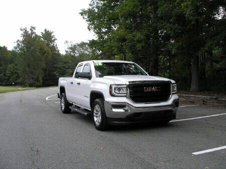 2018 GMC Sierra 1500 for sale at RICH AUTOMOTIVE Inc in High Point NC