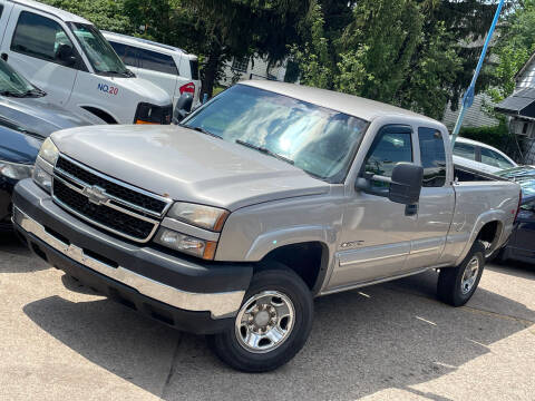 2007 Chevrolet Silverado 2500HD Classic for sale at Exclusive Auto Group in Cleveland OH