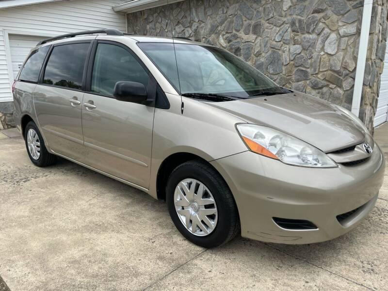 2008 Toyota Sienna for sale at Jack Hedrick Auto Sales Inc in Madison NC