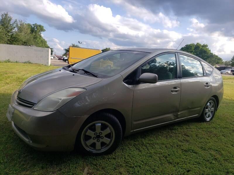 2004 Toyota Prius for sale at El Jasho Motors in Grand Prairie TX