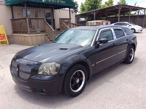 2006 Dodge Magnum for sale at OASIS PARK & SELL in Spring TX