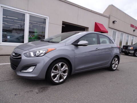 2013 Hyundai Elantra GT for sale at KING RICHARDS AUTO CENTER in East Providence RI