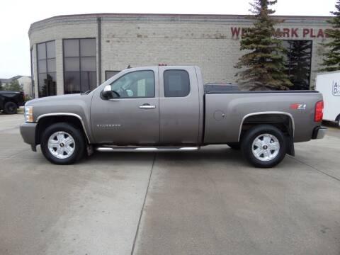 2011 Chevrolet Silverado 1500 for sale at Elite Motors in Fargo ND