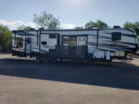 2019 Keystone Fuzion 424 for sale at Ultimate RV in White Settlement TX