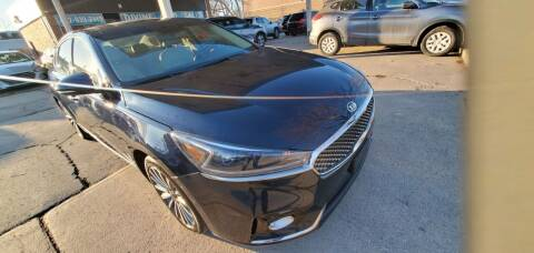2018 Kia Cadenza for sale at Divine Auto Sales LLC in Omaha NE