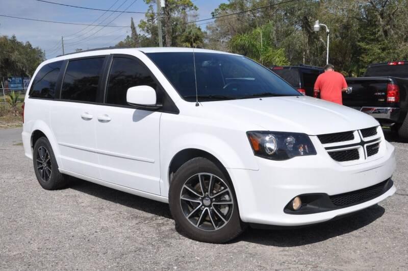 2017 Dodge Grand Caravan for sale at Elite Motorcar, LLC in Deland FL
