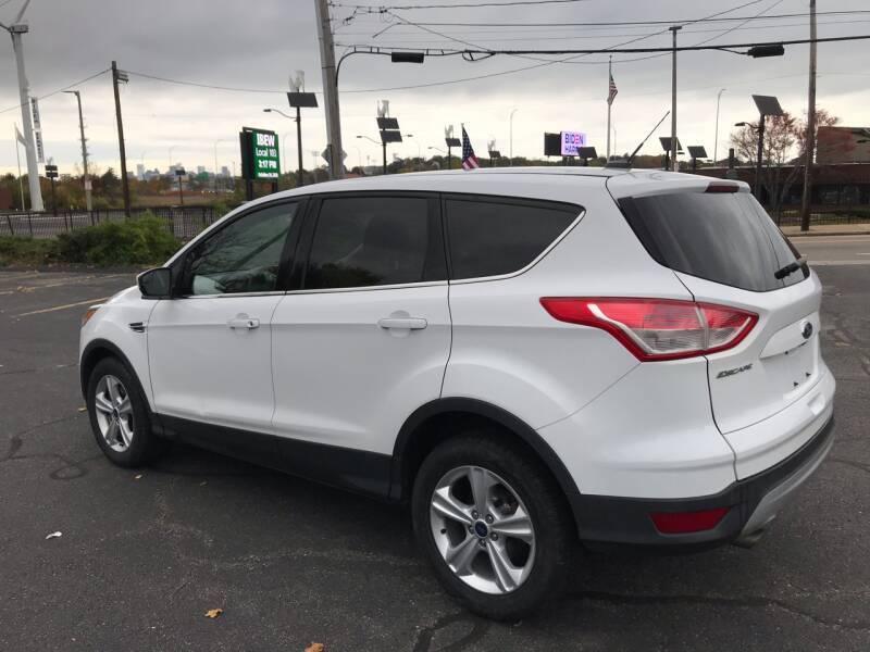 2014 Ford Escape SE 4dr SUV - Dorchester MA