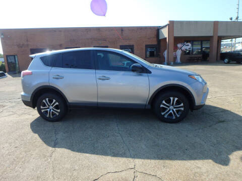 2018 Toyota RAV4 for sale at BLACKWELL MOTORS INC in Farmington MO