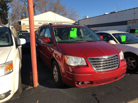 2008 Chrysler Town and Country for sale at Holiday Auto Sales in Grand Rapids MI