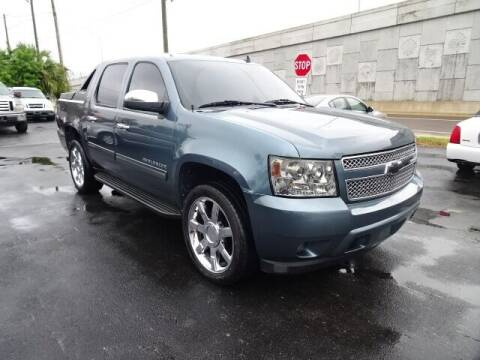 2010 Chevrolet Avalanche for sale at DONNY MILLS AUTO SALES in Largo FL