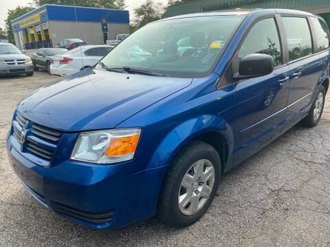 2010 Dodge Grand Caravan for sale at GREENLIGHT AUTO SALES in Akron OH