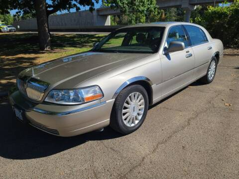 2003 Lincoln Town Car for sale at EXECUTIVE AUTOSPORT in Portland OR