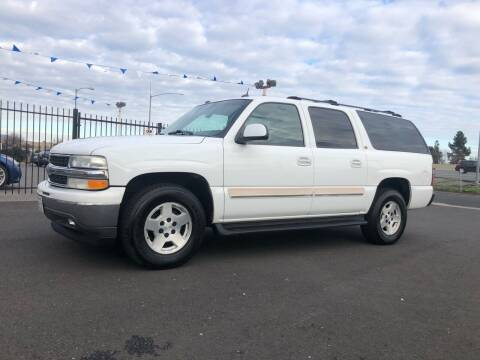 2005 Chevrolet Suburban for sale at BOARDWALK MOTOR COMPANY in Fairfield CA