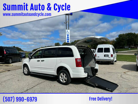 2008 Dodge Grand Caravan for sale at Summit Auto & Cycle in Zumbrota MN