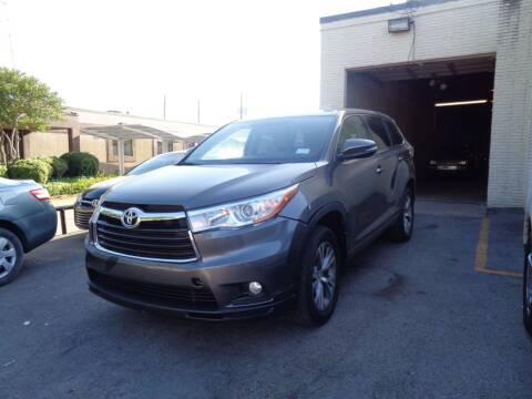 2016 Toyota Highlander for sale at ACH AutoHaus in Dallas TX