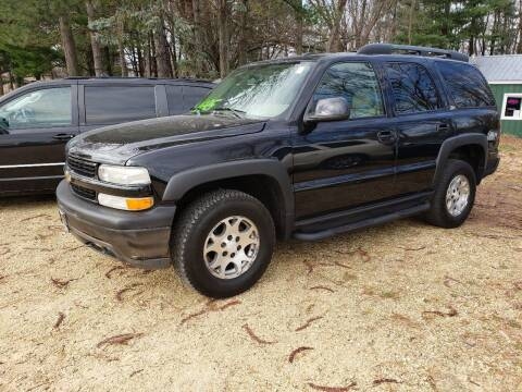 2004 Chevrolet Tahoe for sale at Northwoods Auto & Truck Sales in Machesney Park IL
